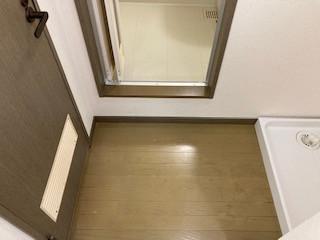 浴室前脱衣室です!
