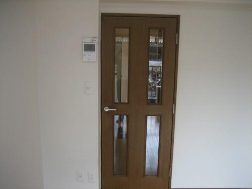 独立性のあるファッションドア!