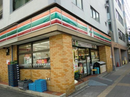 セブンイレブン横須賀米が浜店