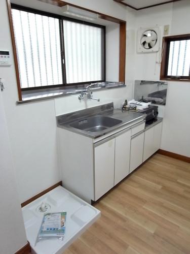 キッチンシンク・室内洗濯機置き場(新設)