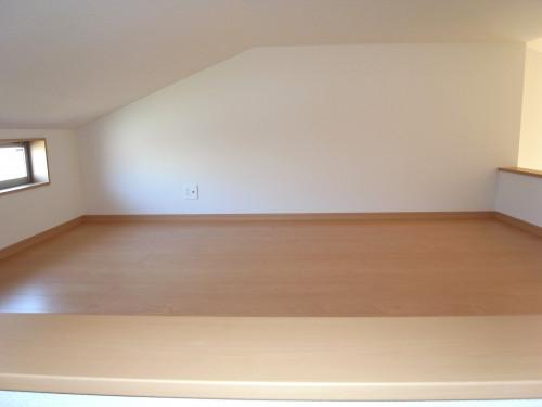 ロフト6帖(天井高140cm)