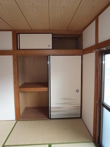 2階和室押入