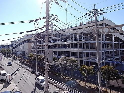 部屋からの眺望・ららぽーと横浜隣接