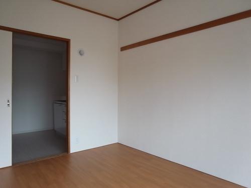洋室・キッチン