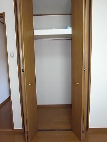 2階 洋室6帖クローゼット