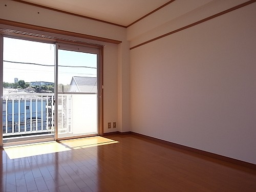 洋室6帖(西側)
