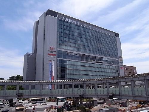 新横浜駅ビル キュービックプラザ 665m