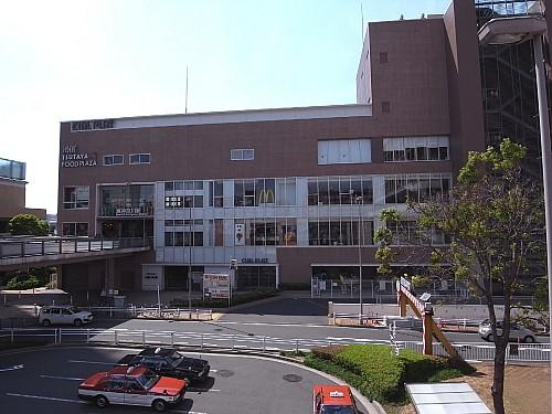 東神奈川駅ビル CIAL PLAT 593m