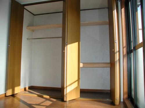 洋室 大型クローゼット