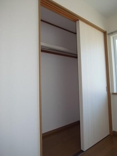 2階 洋室クローゼット