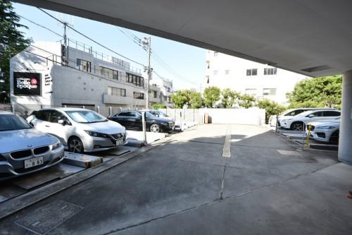 敷地内機械式駐車場