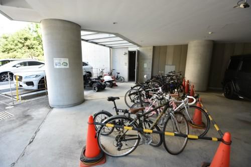 自転車置場・バイク置場