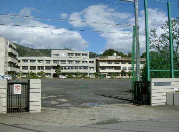 相模原市立中野中学校