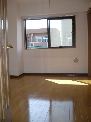 ベルカント302号室 洋室