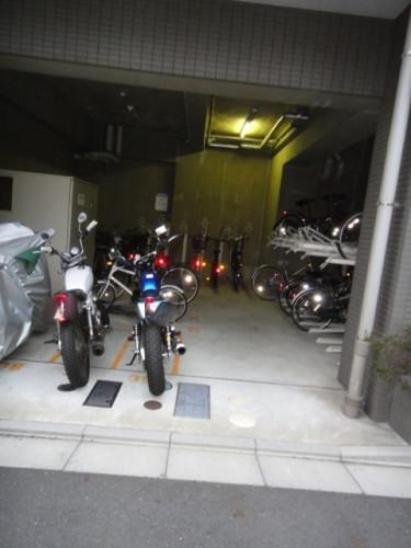 駐輪場・バイク置き場です(空き要確認)