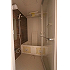 バスルームの扉は透明ガラスで開放感を演出♪