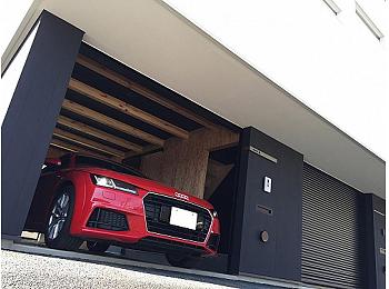 「愛車と住む」Garage hous onco F
